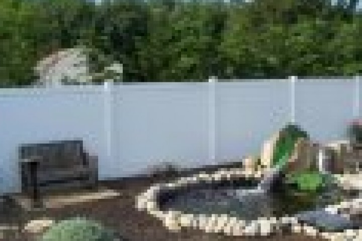 AliGlass Solutions Privacy fencing 720 480